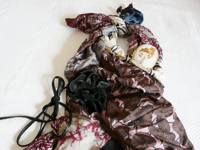 vestito fatto con foulard bambini