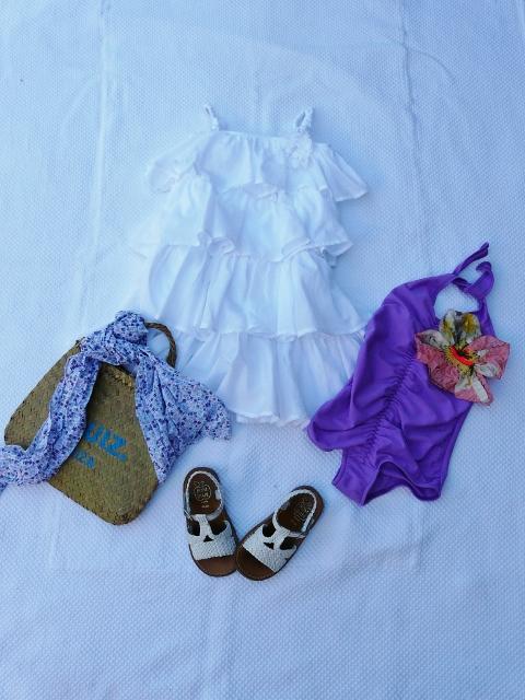 outfit per il mare tutto bianco