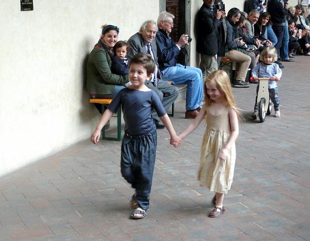 SFILATA CAFFELATTEACOLAZIONE kids and fashion