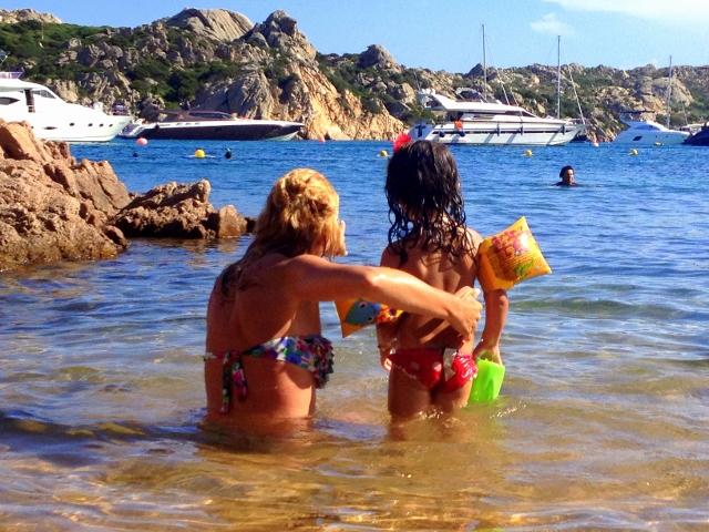 ISOLA de LA MADDALENA mamma e figlia bikini