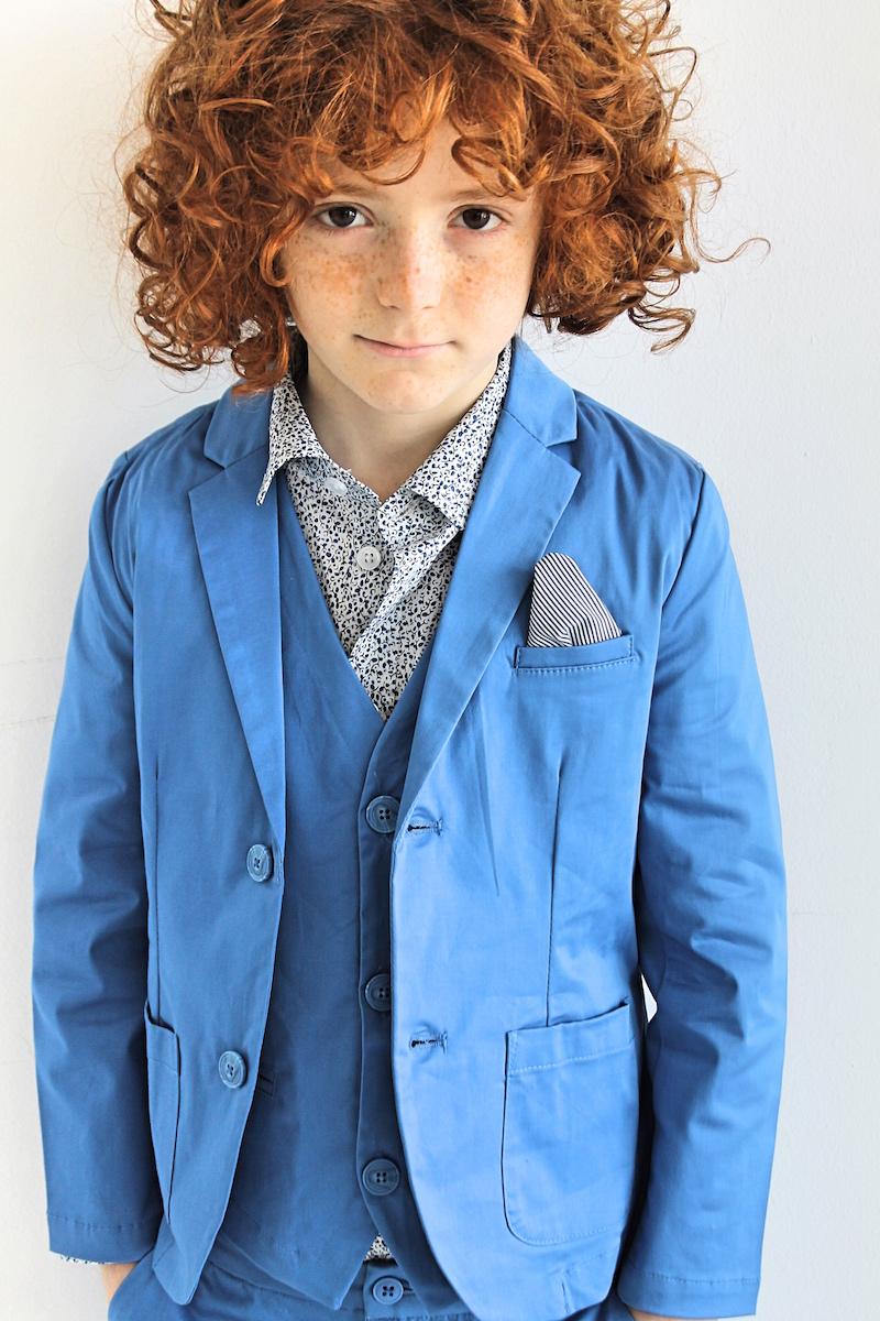 come vestire un bambino ad una cerimonia
