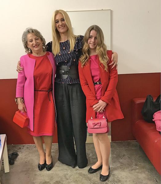 la moda mini me e look coordinati nonna e nipote