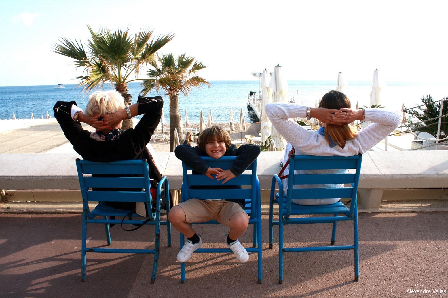 Stile e Moda a Cannes, sedie blu