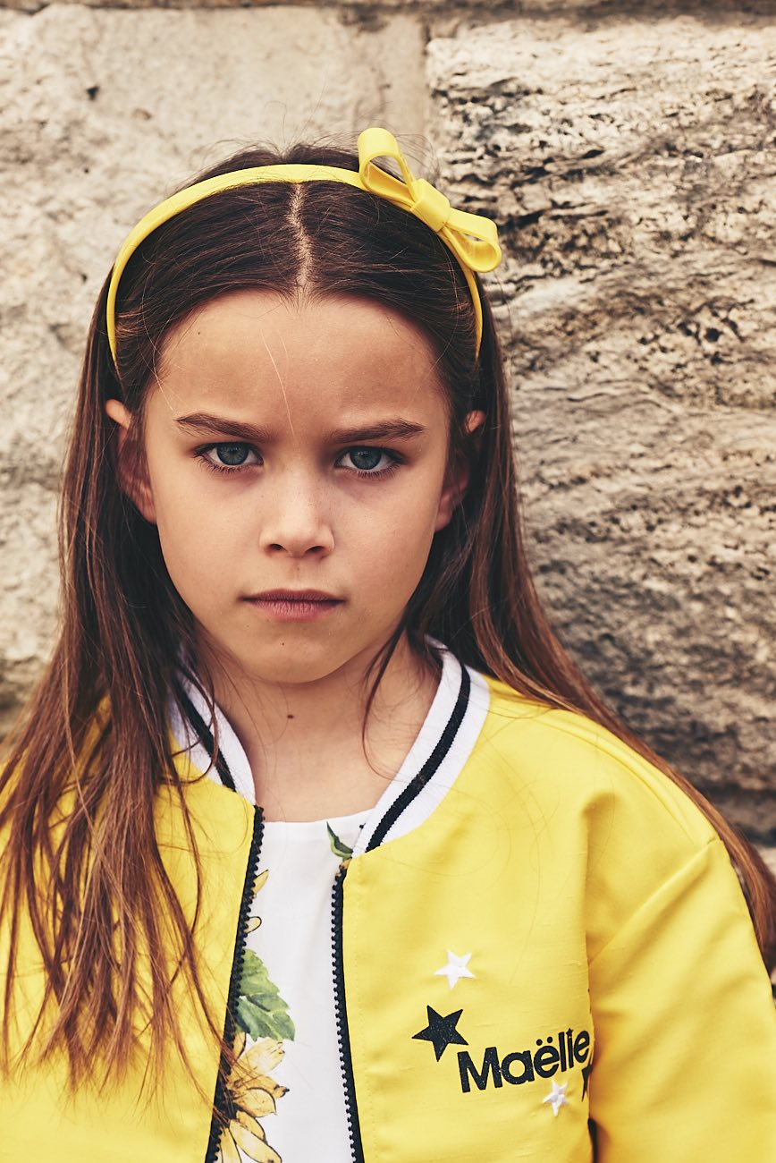 I colori di moda per i bambini uno su tutti tra fashion e for Colori di moda per arredamento