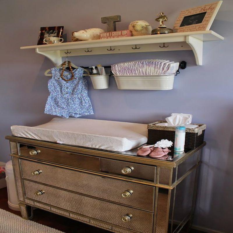 Come organizzare il fasciatoio del neonato per il cambio - Cambio pannolino in bagno ...
