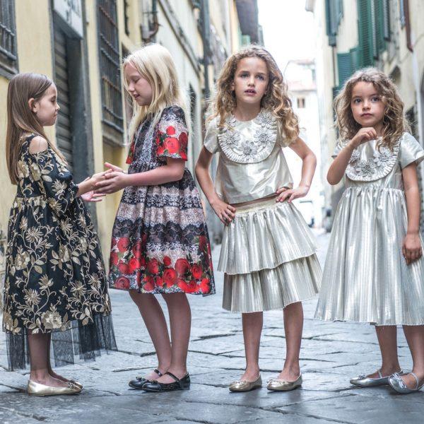 Graci abbigliamento per bambine alla moda