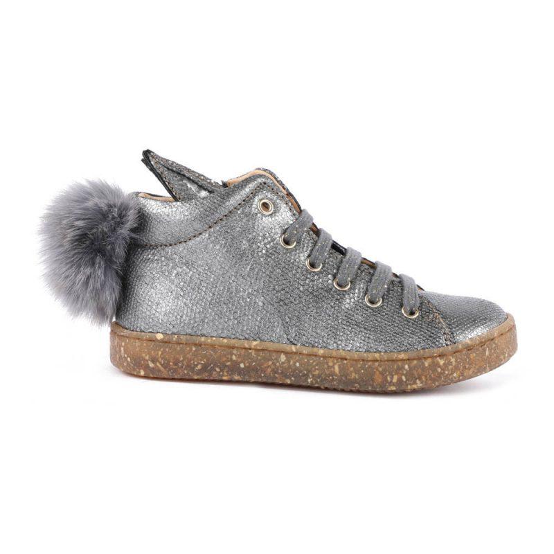 sneaker platinum pompon fur
