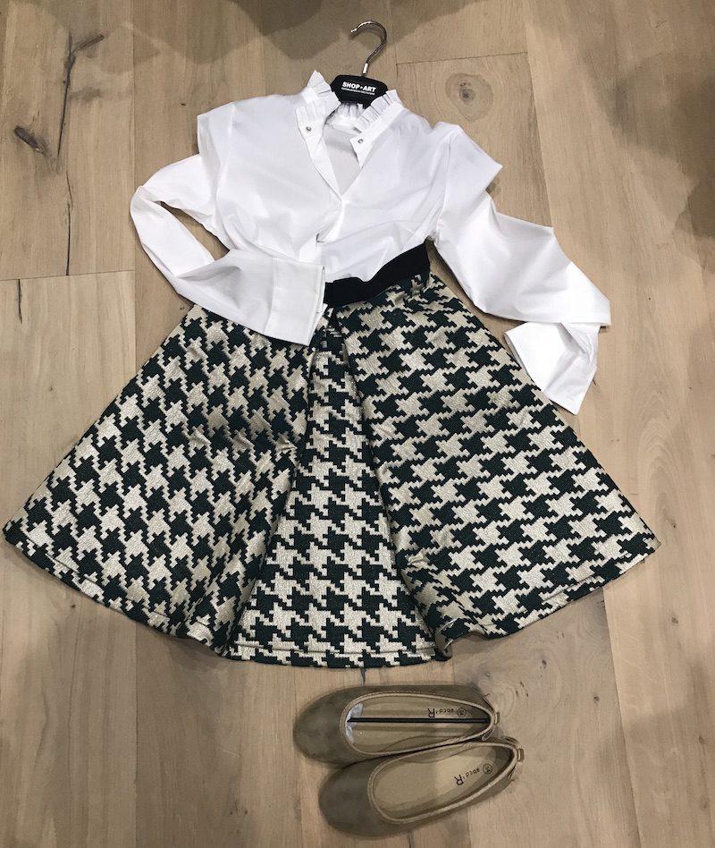come vestire le bambine per una cerimonia invernale