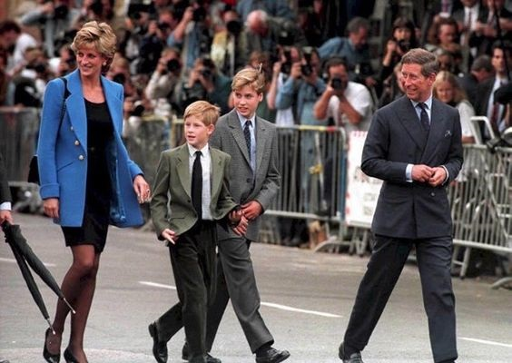 Mamma per la Cresima Lady Diana