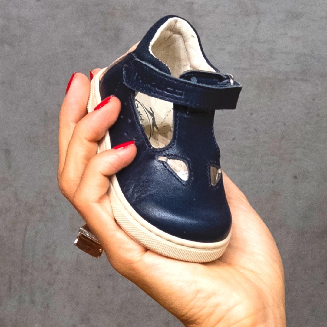 af935c791f68e Micam e la fiera della calzatura dalla quale prendere spunto per gli  acquisti in fatto di scarpe per la prossima stagione  ecco tutte le novità.